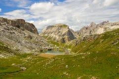 Horizontal de montagne dans les dolomites Photo stock
