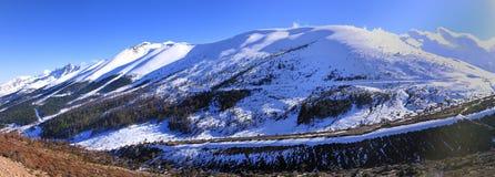 Horizontal de montagne de coup de Bai photographie stock libre de droits