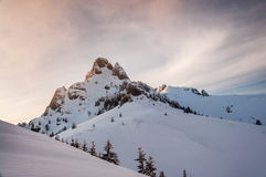 Horizontal de montagne de l'hiver Images libres de droits