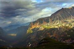 Horizontal de montagnes de Tatras. Photos libres de droits