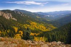 Horizontal de montagnes rocheuses Photographie stock libre de droits