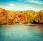 Horizontal de nature de lac photos stock