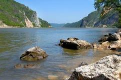 Horizontal de riverbank de Danube images stock