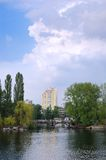 horizontal de ville image stock