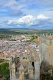 Horizontal espagnol avec la ville blanche et la forteresse antique Photos libres de droits