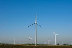 Horizontal et turbines de vent Photos libres de droits