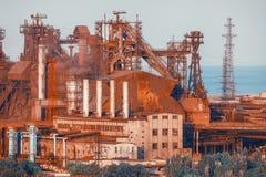Horizontal industriel Usine en acier Industrie lourde en Europe Image libre de droits