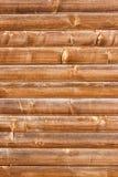 Horizontal mit Ziegeln gedeckter befleckter hölzerner Wandbeschaffenheitshintergrund Lizenzfreies Stockfoto