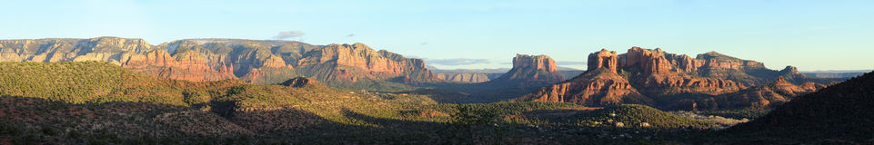 Horizontal panoramique de Sedona image stock