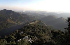 Horizontal Petropolis Brésil de montagnes photographie stock libre de droits