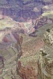 Horizontal rocailleux coloré de canyon grand Photographie stock libre de droits