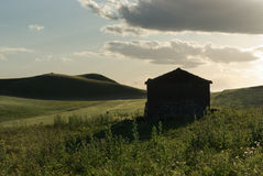 Horizontal rural et vieille hutte Photographie stock