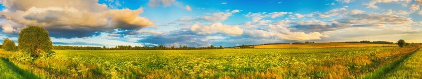 Horizontal rural Panorama photos libres de droits