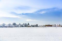 Horizontal Snow-Covered Photos stock