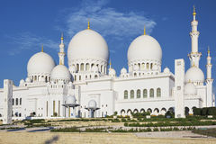Horizontal view of famous Sheikh Zayed Grand Mosque Stock Photography