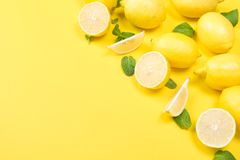 Free Horizontal Yellow Background, With Fruits And Mint, Lemon Stock Photos - 112027793