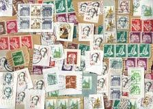 Horizontale achtergrond van Duitse postzegels Stock Foto