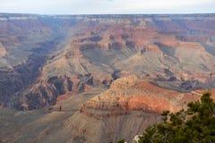Horizontale Ansicht Grand Canyon s während der goldenen Stunde stockfoto