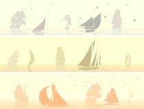 Horizontale banners van varende schepen met vogels. Royalty-vrije Stock Afbeelding