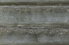 Horizontale Boomtextuur Oude logboekmuur Sjofele Muur van oude raad Oude bouwvallige boomtextuur Stock Afbeelding