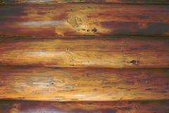 Horizontale gehauene glatte hölzerne Klotz Stockbild