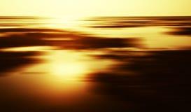 Horizontale gouden de horizonmotie van het zonsonderganglandschap Stock Foto