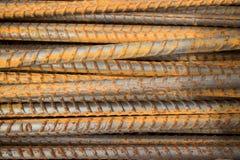 Horizontale MCU van semi-roestige die staalbars in een horizontale positie worden gestapeld Royalty-vrije Stock Afbeelding