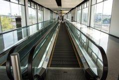 Horizontale Rolltreppe stockbilder