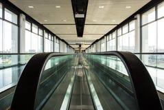 Horizontale Rolltreppe lizenzfreies stockbild