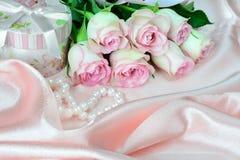Horizontale roze samenstelling Stock Afbeelding