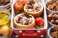 Horizontale voorbereiding van gebakken appelen, Stock Foto's