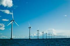 Horizontale windmolens verder, stock foto's