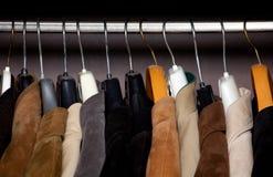Horizontaler Schuß der Garderobennahaufnahme Lizenzfreie Stockbilder