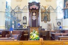 Horizontales photogra Derby Cathedral Bishop Chair-Mitteansicht HDRs lizenzfreie stockfotos