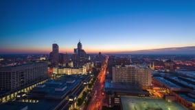 Horizonte céntrico de Indianapolis, Indiana, los E.E.U.U. metrajes