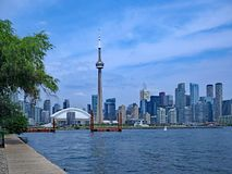 Horizonte céntrico de la costa de Toronto Imágenes de archivo libres de regalías