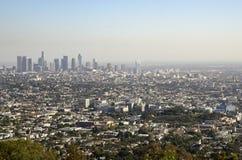 Horizonte céntrico de Los Ángeles en la distancia 4 Fotos de archivo libres de regalías