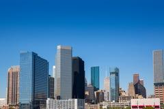 Horizonte céntrico de los skyscrappers de Houston en el cielo azul Fotografía de archivo libre de regalías