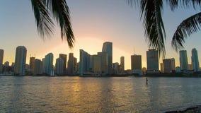 Horizonte céntrico de Miami, la Florida, los E almacen de metraje de vídeo