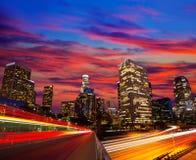 Horizonte céntrico California de la puesta del sol de Los Ángeles de la noche del LA Fotos de archivo libres de regalías