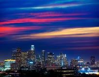 Horizonte céntrico California de la puesta del sol de Los Ángeles de la noche del LA Foto de archivo libre de regalías