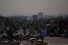 Horizonte contaminado de Ciudad de México Imagen de archivo libre de regalías