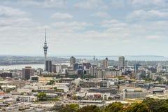 Horizonte de Auckland del soporte Eden Imagenes de archivo