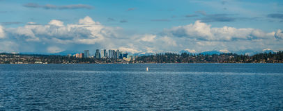 Horizonte de Bellevue y panorama 3 de las cascadas Fotografía de archivo