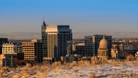 Horizonte de Boise con las colinas con nieve en la madrugada Imágenes de archivo libres de regalías