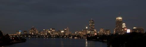 Horizonte de Boston, mA, en la noche Fotografía de archivo