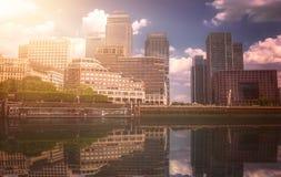 Horizonte de Canary Wharf Fotos de archivo