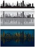 Horizonte de Chicago con la reflexión en agua