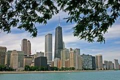 Horizonte de Chicago del lago Michigan foto de archivo libre de regalías