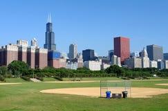 Horizonte de Chicago en la mañana imagen de archivo libre de regalías